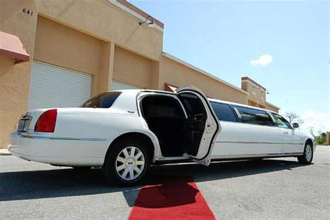 Cheap Party Bus Hollywood FL - Discounted Party Bus